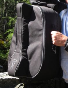 The Voyage-Air Guitar case more or less becomes a carry-on bag. (Credit: John Scott Lewinski/CNET)